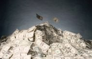 رویترز: ایران با ذخایر ارزی ۱۱۲ میلیارد دلاری توان کافی برای حمایت از ریال دارد