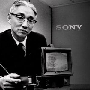 05 300x300 - زندگینامه آکیو موریتا موسس شرکت سونی