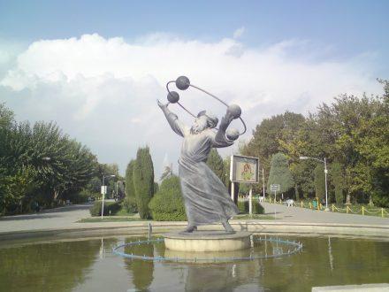 al bironi statue 3
