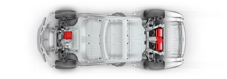 خودروی برقی تسلا با نمایش موتورها