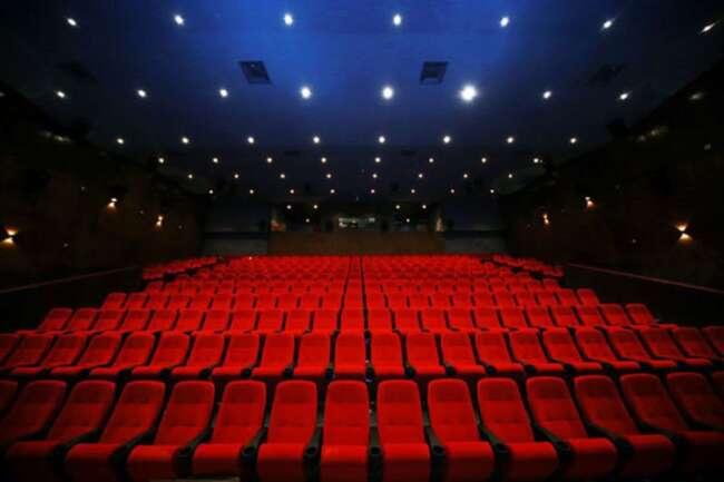 کرونا دوباره سینما های تهران را تعطیل كرد.