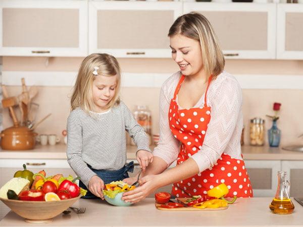 آموزش مسئولیت دادن به کودکان و مشارکت در کارها