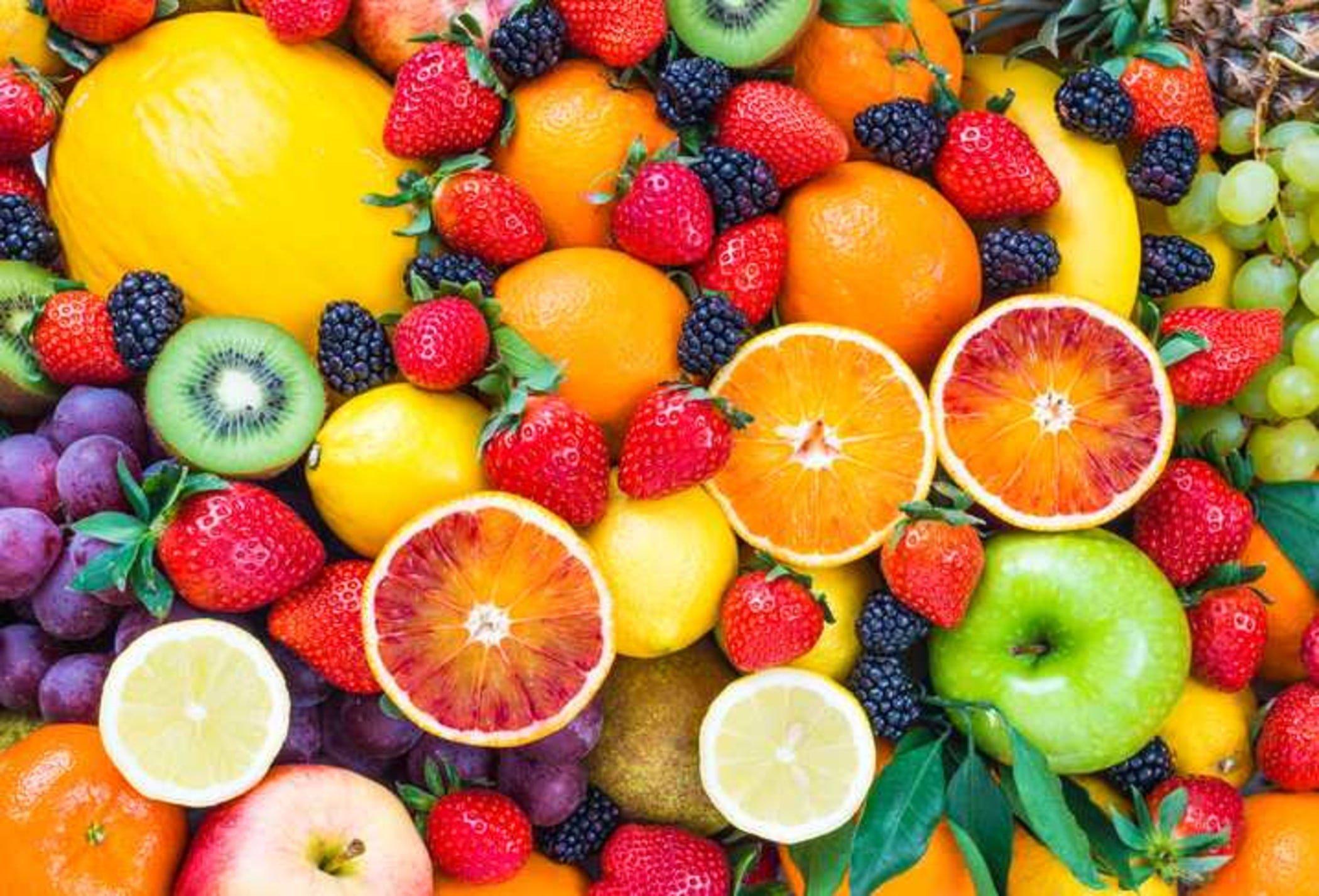 در دوران كرونا كدام ميوه ها را بخوريم، كدام را نخوريم، تقویت سیستم ایمنی با میوه در برابر بيماري كرونا