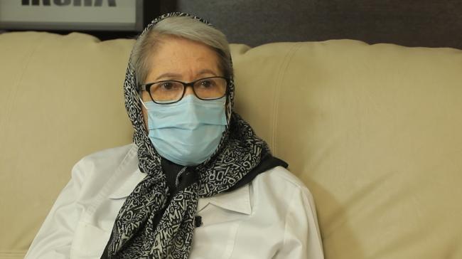 مینو محرز داوطلب واکسن کوو ایران برکت