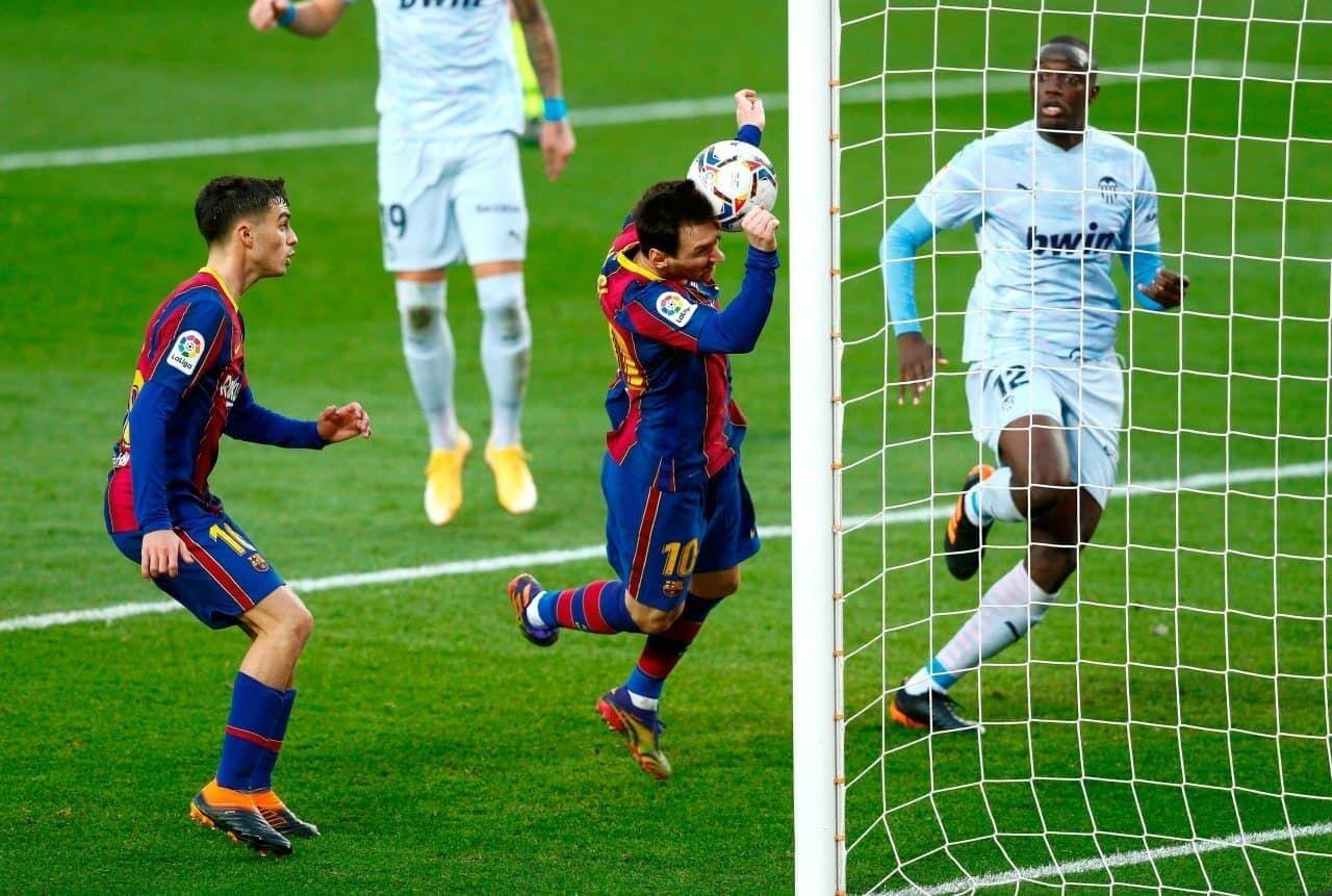 بارسلونا به لطف مسی در کورس قهرمانی باقی ماند