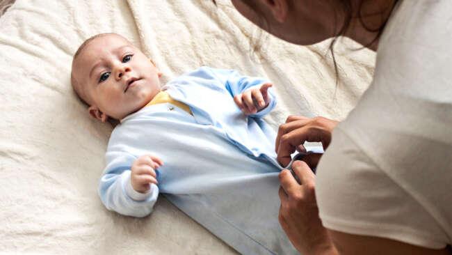 ختنه نوزاد