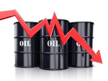 نفت در مسیر کاهش قیمت افتاد