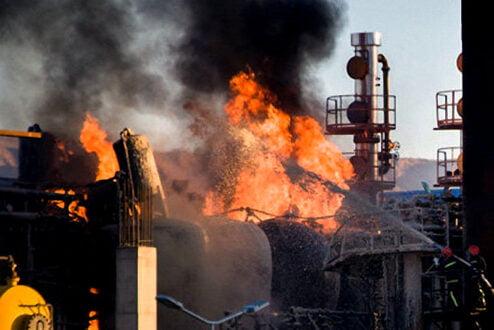 وضعیت آتش سوزی در پالایشگاه تهران