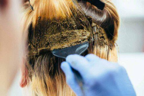 استفاده از حنا برای مو - خواص حنا برای مو - رنگ کردن مو با حنا - رنگ کردن موی سر با حنا