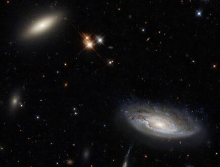 تصویر هابل از ۲ کهکشانی که ۳۵۰ میلیون سال نوری با زمین فاصله دارند