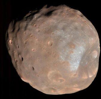 شباهت قمر مریخ به سیب زمینی