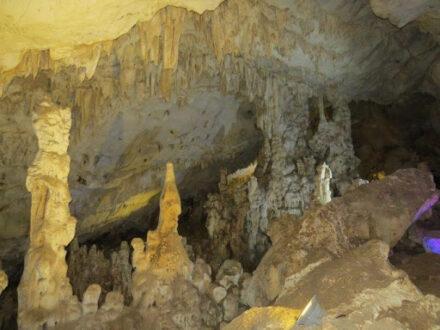 غار یخگان اردبیل