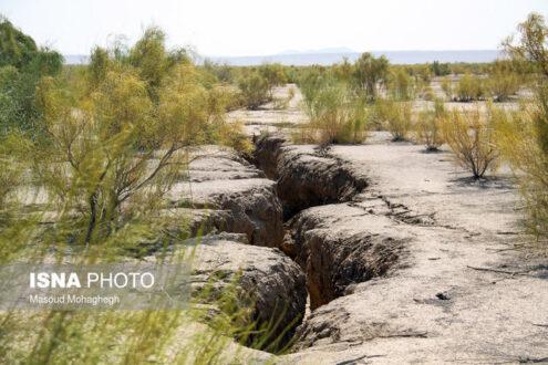 فرونشست زمین در اشکذر یزد با حفر چاه های غیرمجاز