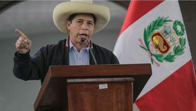 معلمی روستایی رئیس جمهور پرو شد
