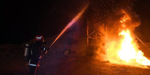 پنج کشته بر اثر آتش سوزی یک کارخانه در تهران