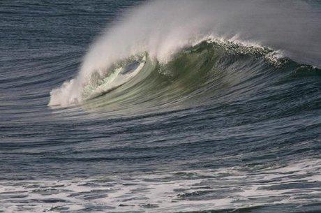 افزایش ارتفاع موج تا ۱.۵ متر در جنوب کشور