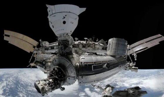 تجربه پیاده روی فضایی با کمک عینک واقعیت مجازی
