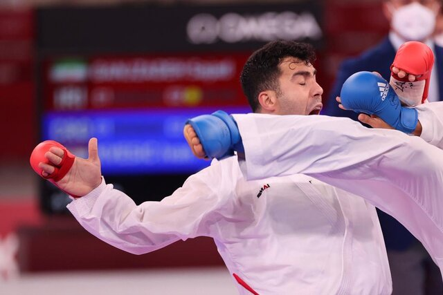 صعود گنج زاده به نیمه نهایی کاراته المپیک