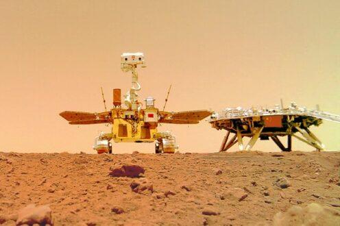 """طی مسافت ۱ کیلومتری مریخ نورد چینی """"ژورونگ"""" در مریخ"""
