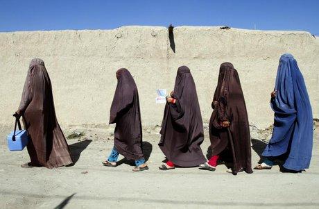 قیمت برقع در کابل ۱۰ برابر شد