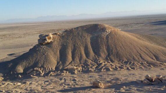 کوه لاک پشتی بهمن ابرکوه ثبت ملی می شود