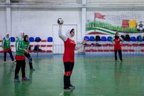 ۲۱ دختر نوجوان به اردوی تیم ملی هندبال دعوت شدند