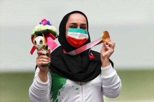 ساره جوانمردی پرچمدار ایران در مراسم اختتامیه پارالمپیک