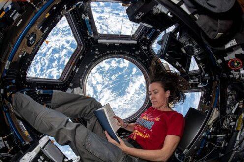 سپری کردن اوقات فراغت به روش فضانوردان