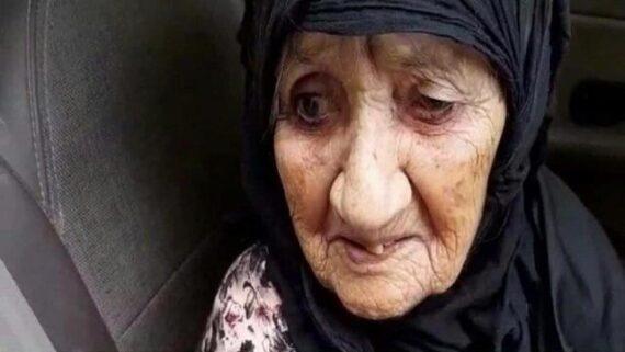 پیرزن ۱۱۲ ساله عسلویه ای واکسن کرونا زد