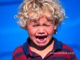 cryingchild 160x120 - در هنگام ضربه دیدن دندان کودکان چه کارهایی را باید انجام دهیم؟