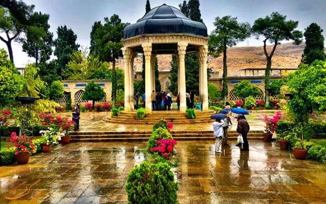 رزق و روزی در نگاه حافظ شیرازی